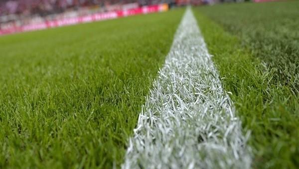 Bayern Münih hibrit çimden vazgeçiyor