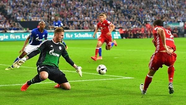 Bayern Münih, Schalke'yi deplasmanda devirdi