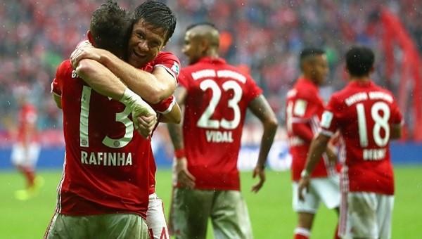 Bayern zorlandı ama kazanmayı bildi