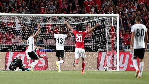'Benfica'dan alınan 1 puanda Tolga Zengin'in payı büyük'
