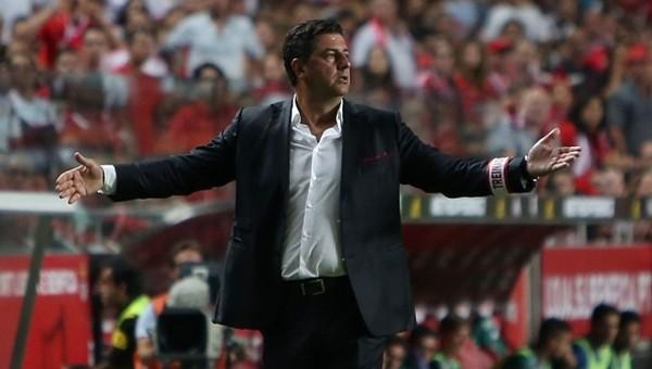 Benfica'nın hocası Rui Vitoria Beşiktaş maçını tribünden izleyecek