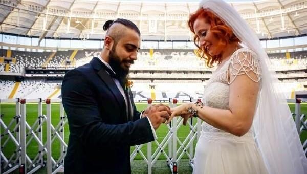 Beşiktaş maçında tanışıp Vodafone Arena'da evlendiler