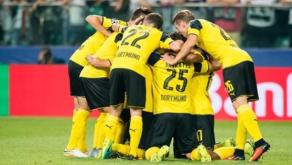 Legia Warszawa 0 - 6 Borussia Dortmund maçın özeti ve golleri