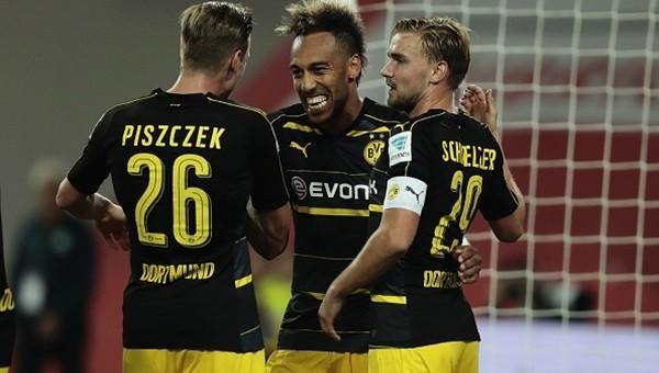 Borussia Dortmund, Wolfsburg'a acımadı