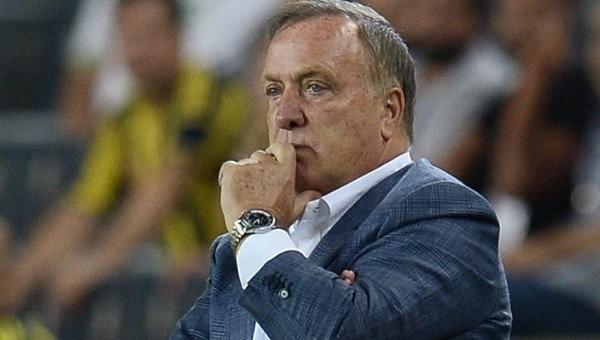 Fenerbahçe'de Dick Advocaat'tan Van Persie sürprizi