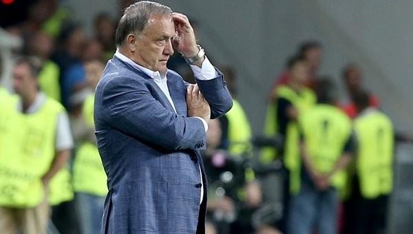 Karabükspor maçı öncesi Advocaat çılgına döndü