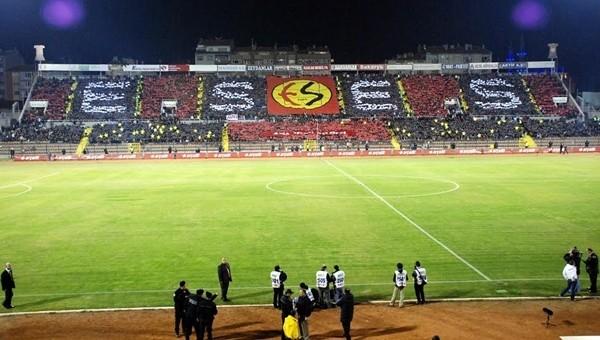 Eskişehirspor stadına veda etti