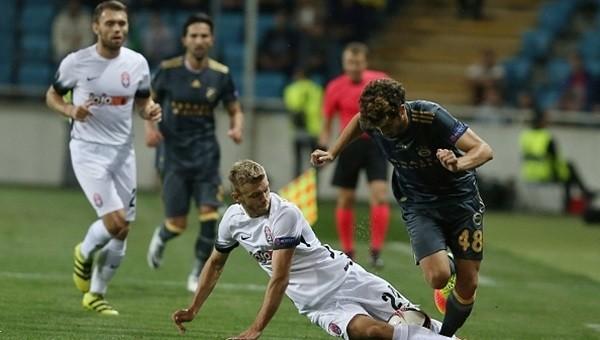 Fenerbahçe ve Beşiktaş son dakikada