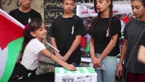 Filistinli çocuklardan Celtic için harçlıklarını bağışladı