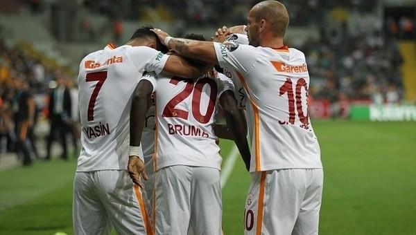 Galatasaray derbilerde zor kaybediyor