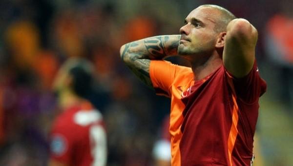 Galatasaray'da herkes Sneijder'i düşünüyor