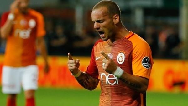 Galatasaray'da para cezaları ertelendi