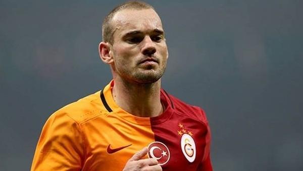 'Galatasaray'ı Sneijder yönetiyor'