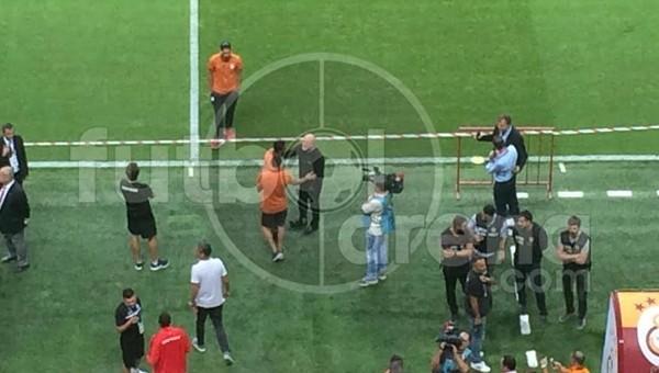 Hikmet Karaman'dan Galatasaraylı oyunculara yakın ilgi