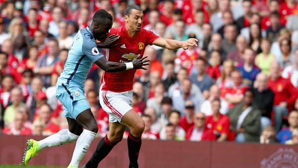 Ibrahimovic, Van Persie'yi yakaladı