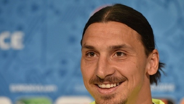 Ibrahimovic yine yaptığı yapacağını