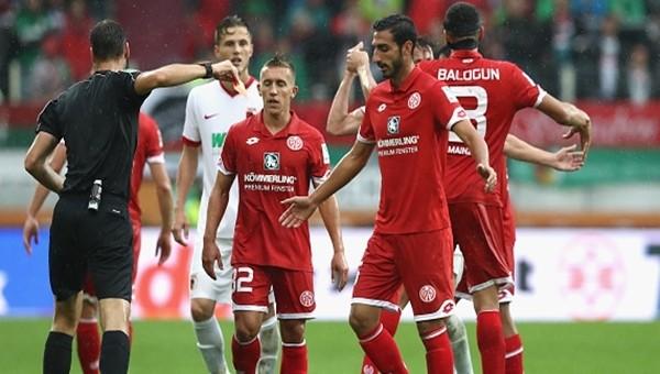Jose Rodriguez, 5 dakikada kızardı