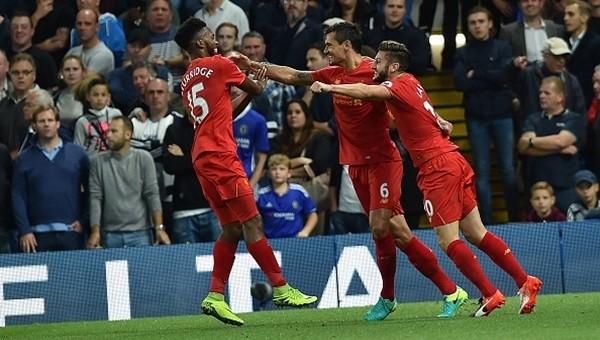 Klopp, Conte'yi Stamford Bridge'de devirdi