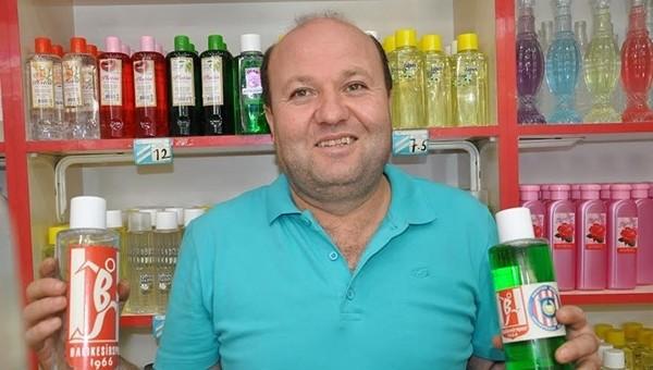 Kolonya esnafı 2 günlük hasılatı Balıkesirspor'a bağışladı