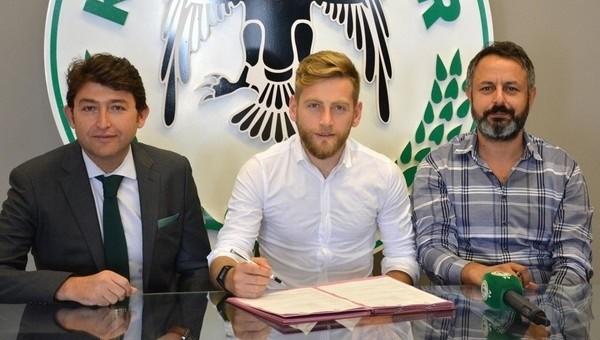 Konyaspor, Halil İbrahim Sönmez ile uzattı