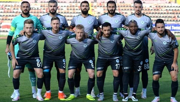 Konyaspor'un yaş ortalaması gençleşti