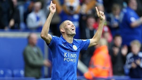 Leicester City, Burnley'i rahat geçti