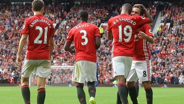Manchester United'ın zorlu fikstürü