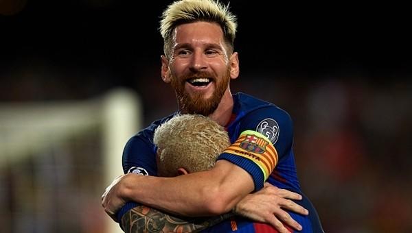 Messi Şampiyonlar Ligi tarihine geçti