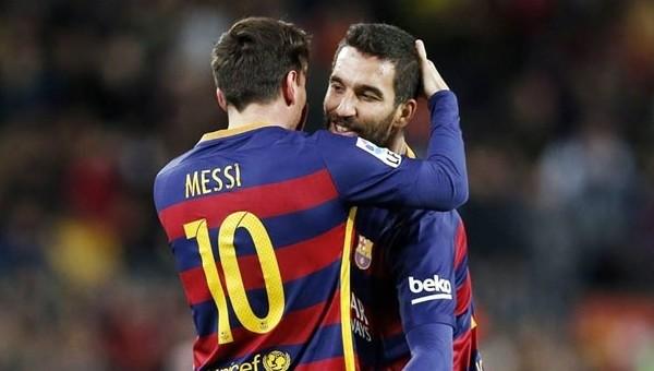 'Messi'nin yerine Arda Turan oynasın'