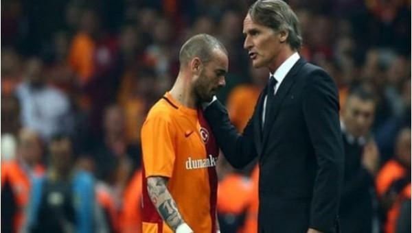 Riekerink teklif etti, Sneijder kabul etmedi
