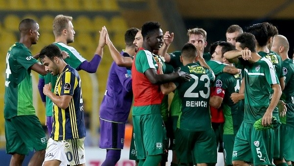 Fenerbahçe'de sadece Volkan Şen ayakta kaldı