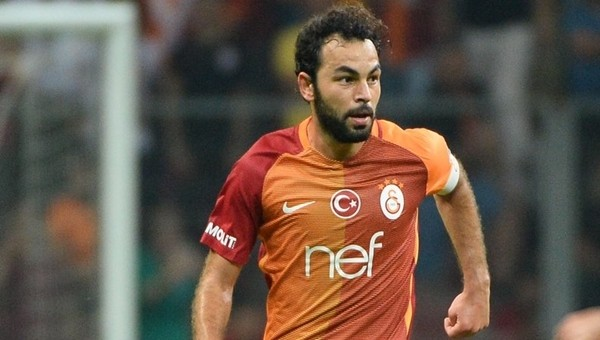 Selçuk İnan Galatasaray'da ilki yaşadı