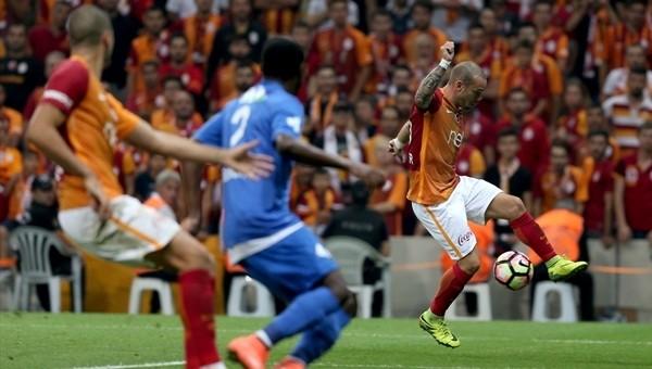 Sneijder Rizespor'un belalısı oldu