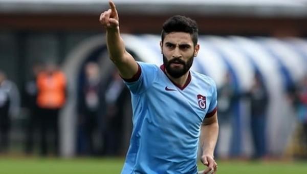 Trabzonspor, Mehmet Ekici ile uzatıyor
