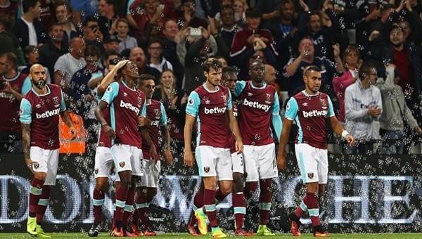 West Ham son dakikada kazandı