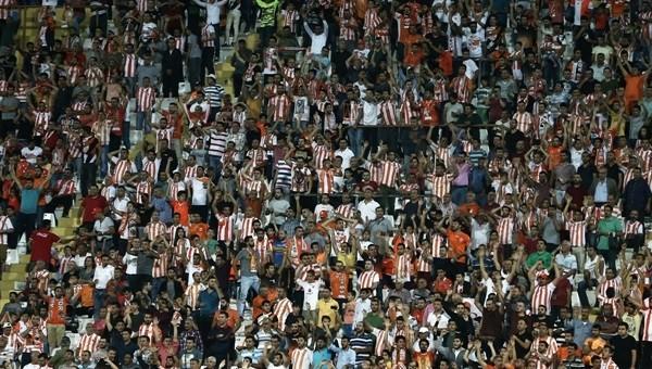 Adanaspor taraftarından bilet protestosu