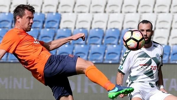 Başakşehir - Konyaspor maçında penaltı isyanı