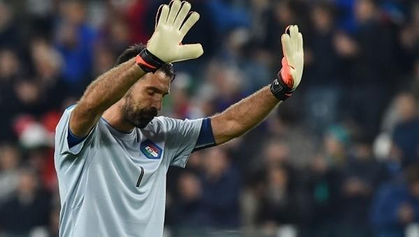 Buffon'un hatası olay oldu!