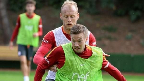 Galatasaray'da gözden çıkarılan 2 oyuncu