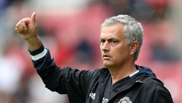 Jose Mourinho'dan 7 kişilik rotasyon!