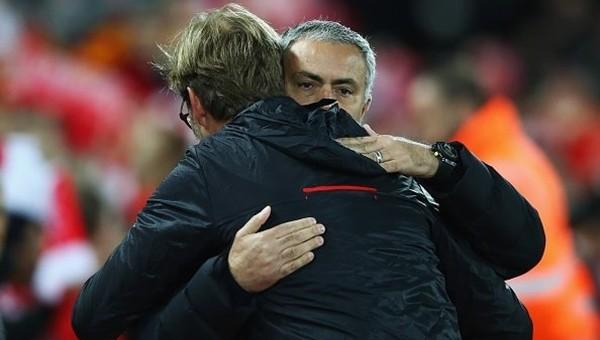 Jürgen Klopp ve Jose Mourinho yenişemedi