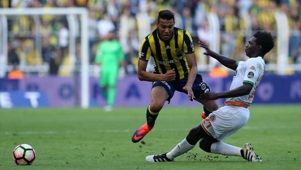 Kadıköy'de tam 11 sarı 1 kırmızı kart