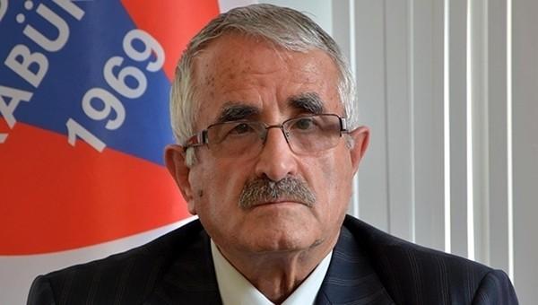 Karabükspor'un başkanı, Fırat Aydınus'a isyan etti