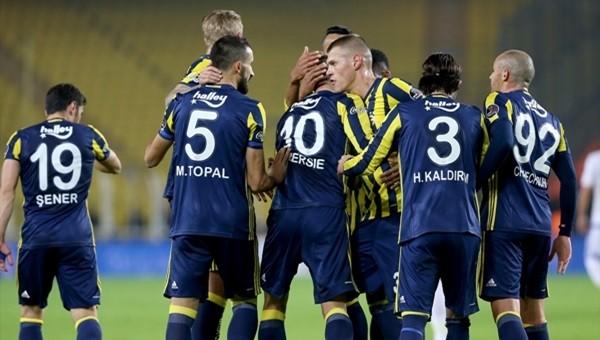 Martin Skrtel ve Aatıf Chahechouhe ilk gollerini attı