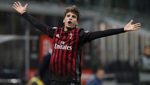 Milan, Juventus'u da devirdi!