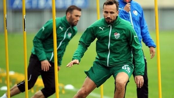 Tomas Sivok'tan Bursaspor'a kötü haber