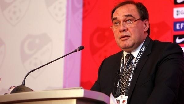 Demirören, UEFA başkanlığını reddetti