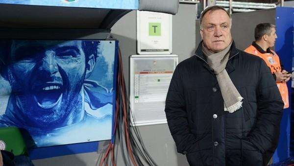 Advocaat'tan Şenol Güneş'e fikstür eleştirisi