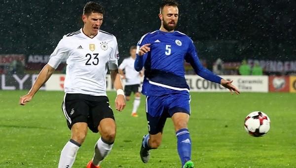 Almanya gol yağdırdı, Gomez hayal kırıklığı yarattı