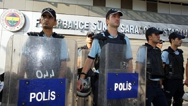 Derbi öncesi emniyet alarma geçti! Kadıköy'de...
